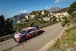 Thierry Neuville wint WRC rally van Frankrijk
