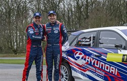 Bob de Jong aan de start in Vechtdal Rally