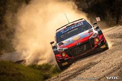 Neuville wint de Rally van Spanje