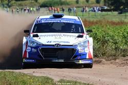 Bob de Jong viert Nederlandse titel in Eurol Hellendoorn Rally
