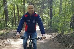 Rallykampioen probeert fit te blijven tijdens corona crisis